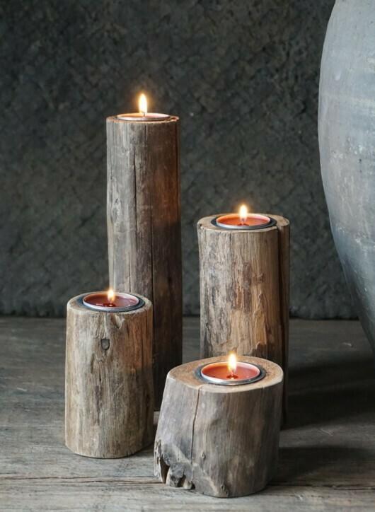 Set van 4 houten kandelaars