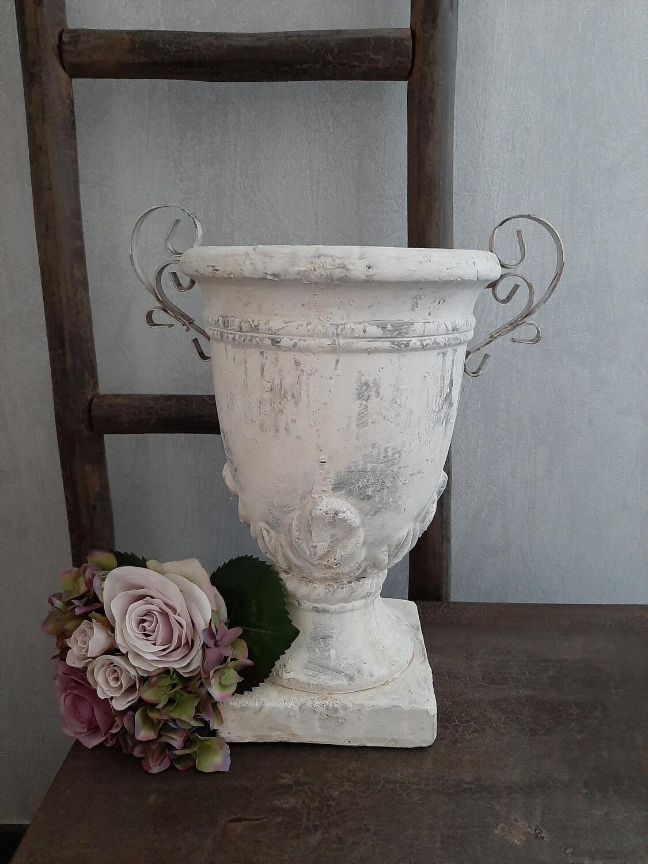 Vaas steen met ijzeren greep groot