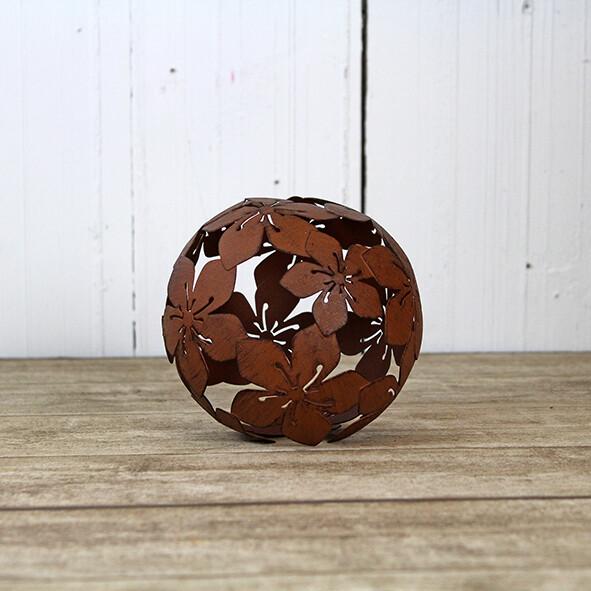 Metalen decoratie bal met bloemen Medium