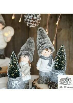 Set 2 winterkindjes met kerstboom LED