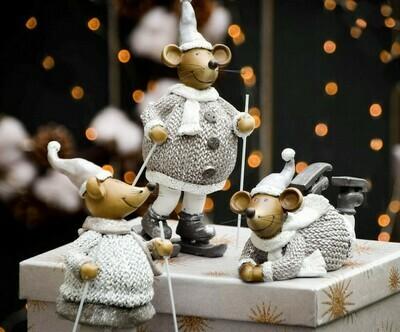 Set 2 muizen met ski's staand