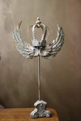 Angel wing met kroon