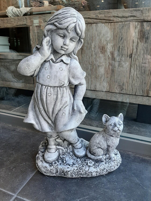 Tuinbeeld Meisje met poes