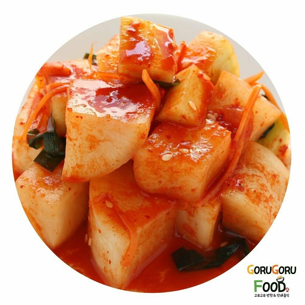 홈메이드 깎두기 (1L) Goru Goru's Home Made Radish Kimchi