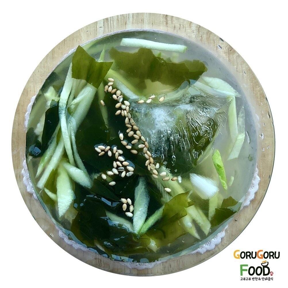 미역냉국 Cold Seaweed Soup
