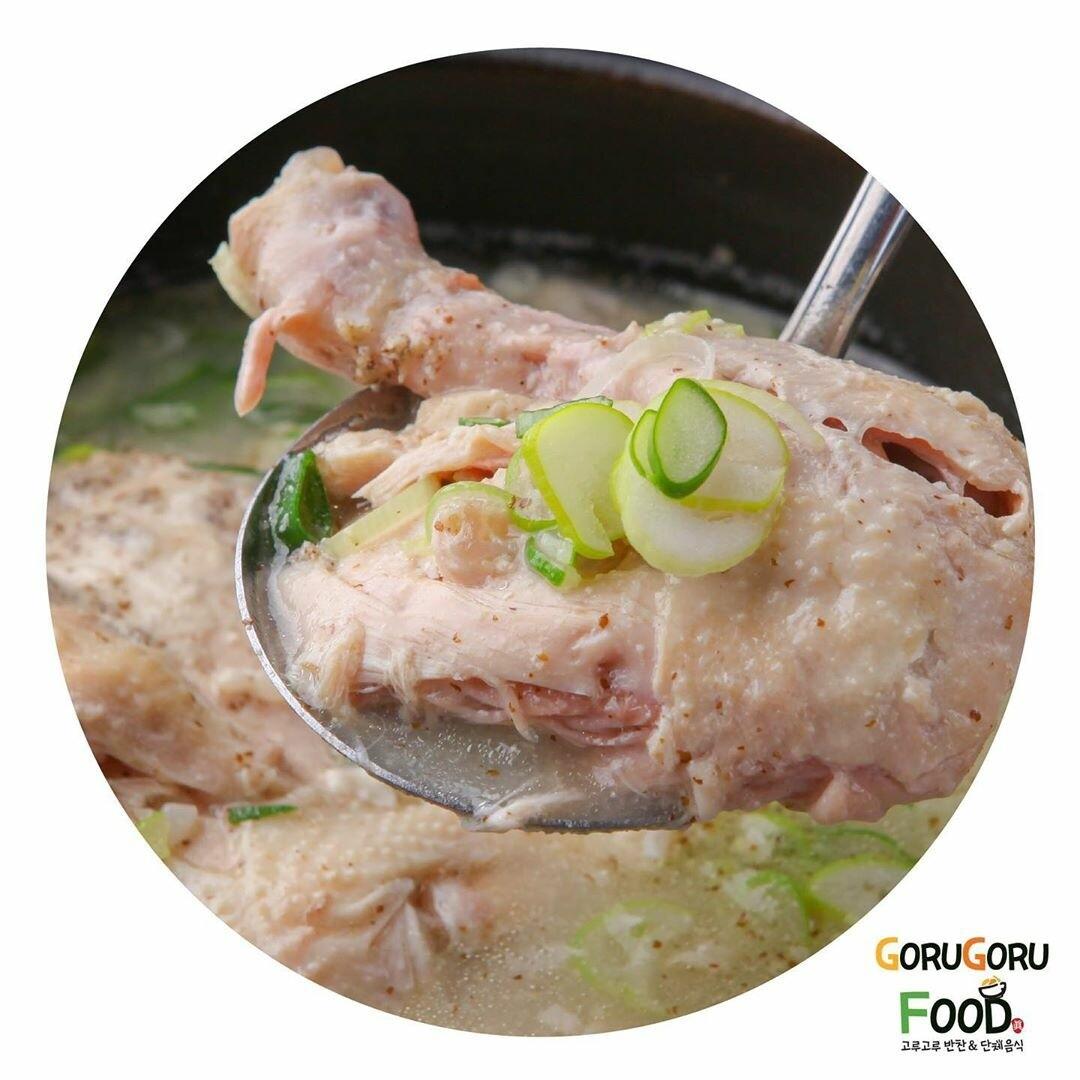 반계탕 Chicken Soup (half)
