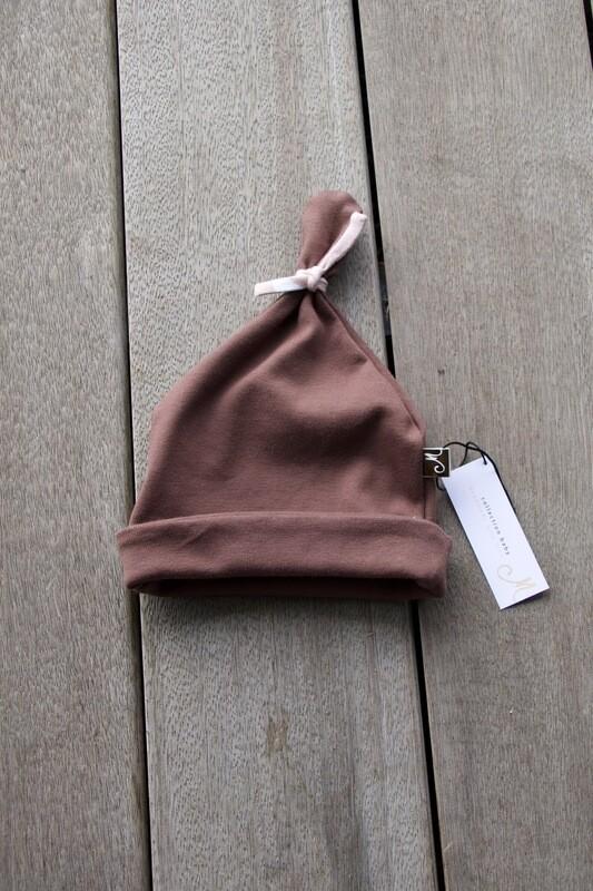 Bonnet brun