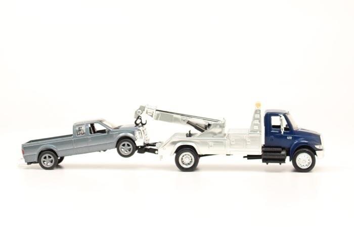50866 BR Wrecker Truck 1 43