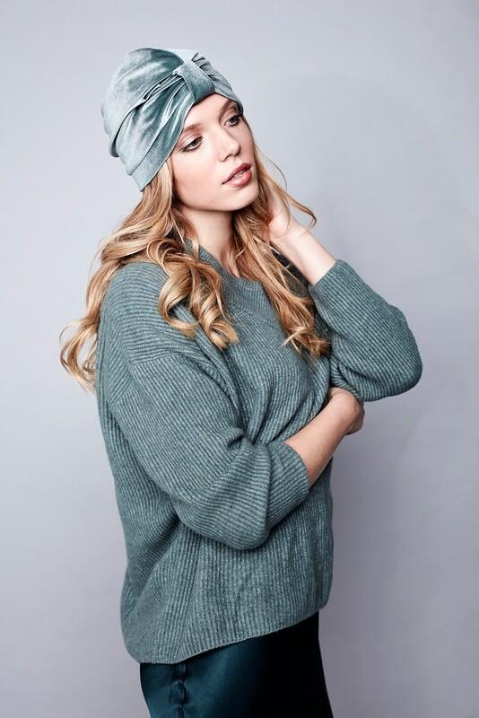 Classic Charlie Velvet - Mint green