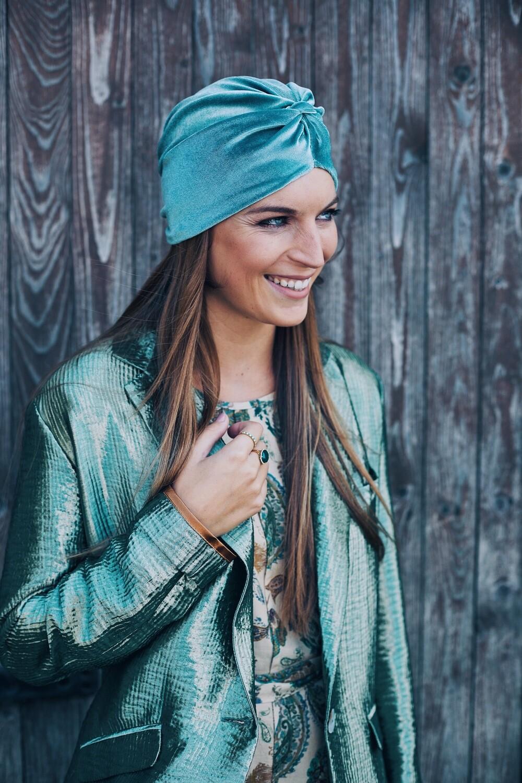 Lovely Louisa Velvet Mint
