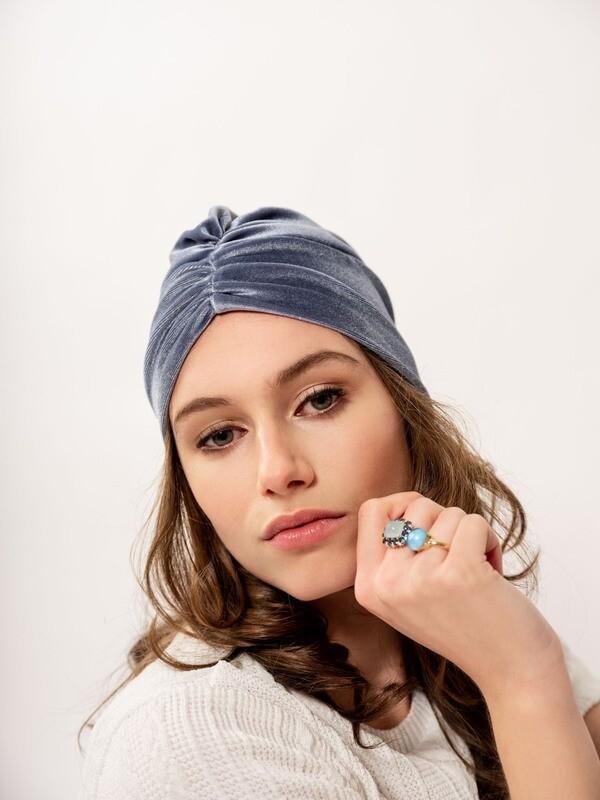 Lovely Louisa Velvet blue