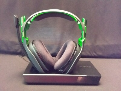 Astro Gaming - ASTRO A50 + Base Station RF Wireless Over-the-Ear Headphones - Green/Black - ASA50-1
