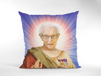 CAPTAIN TOM MOORE CUSHION