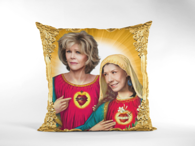 GRACE & FRANKIE CUSHION