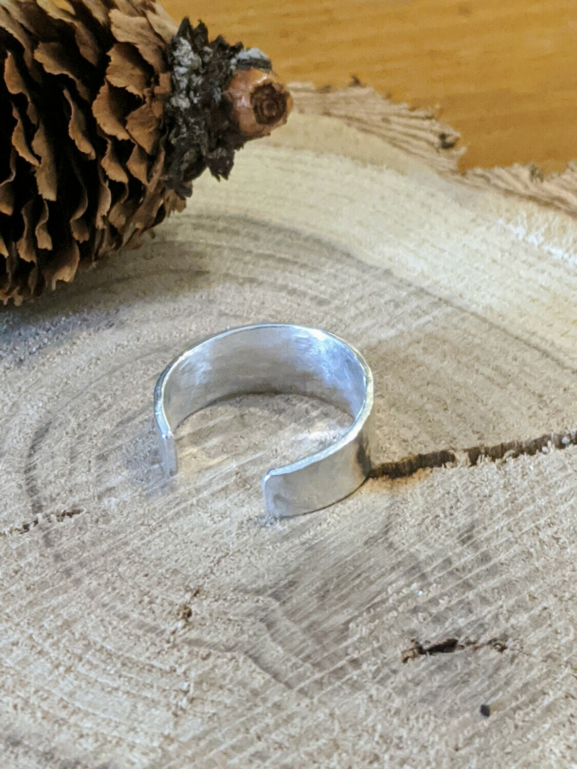 Hammered Finish Toe Ring by Seaside Silver