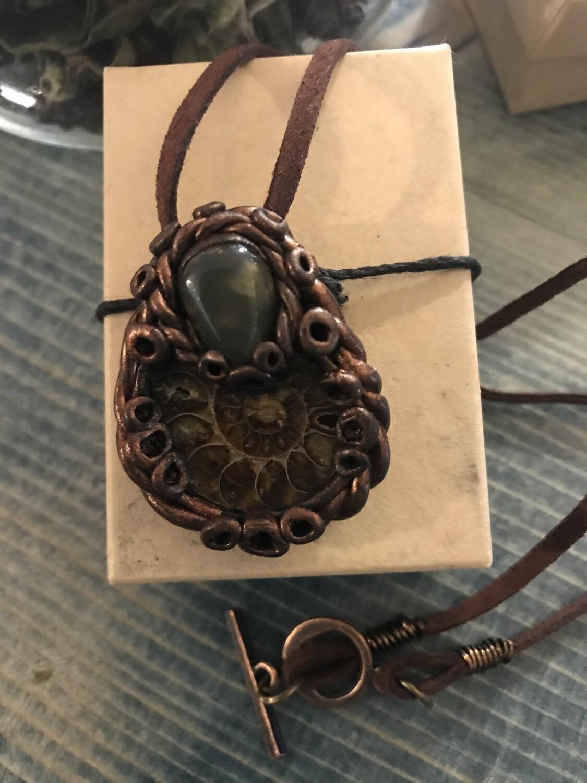 Ammonite & Agate Pendant - 09
