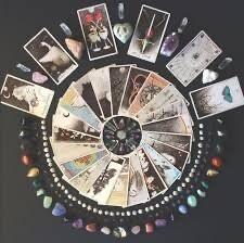 Tarot or Rune Reading - Full
