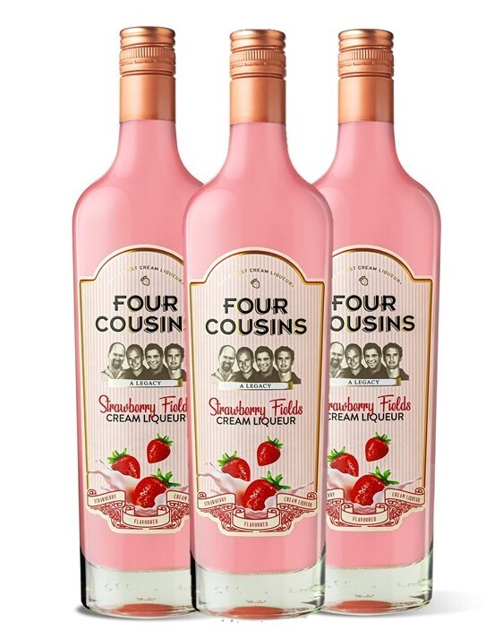 FOUR COUSINS STRAWBERRY FIELDS GIFT PACK - 3 x 500ml