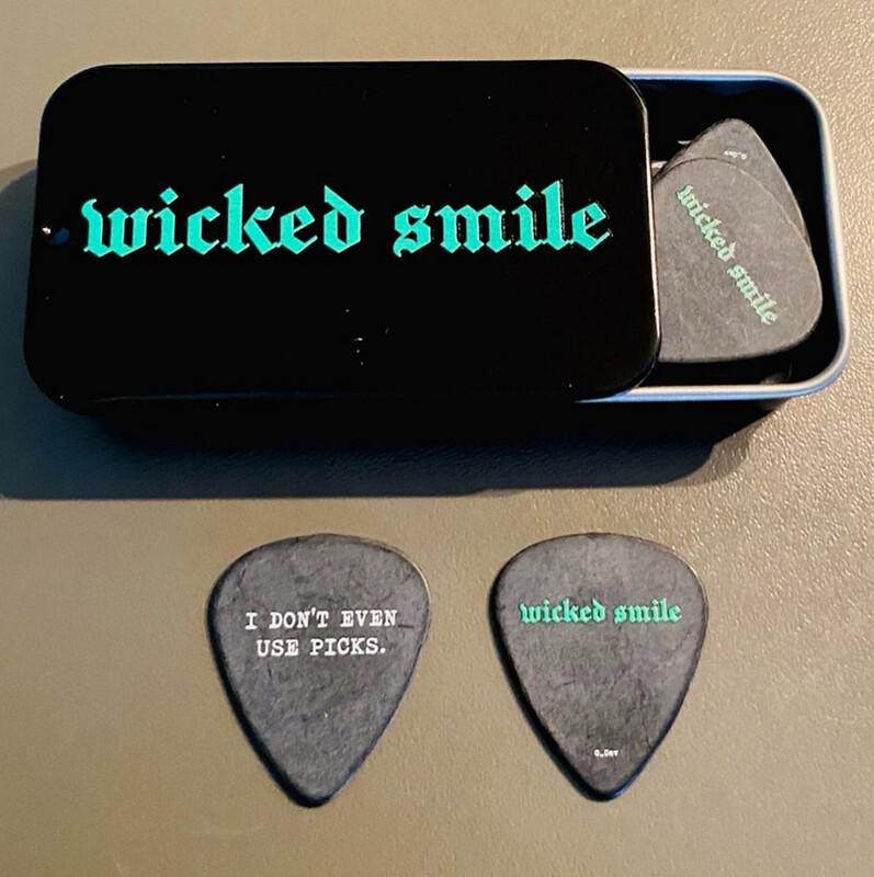 Wicked Smile Glen Cav plectrum