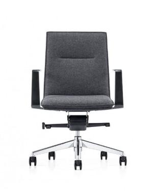 XO B18C  Konferansestol med mellomhøy rygg
