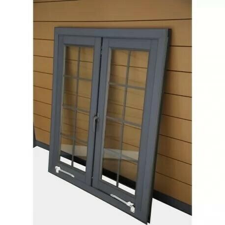 Fenêtre supplémentaire pour abris composite