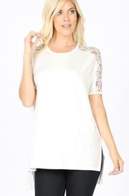 RAYON LACE SLEEVE SIDE SLIT HIGH-LOW HEM TOP in Ivory