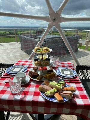 Traditional Afternoon Tea with Prosecco