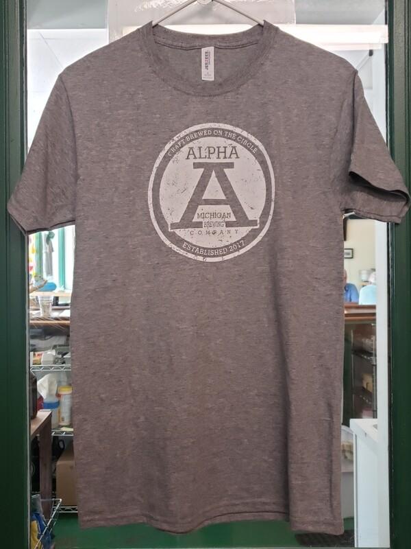 T Shirt:Distressed Big