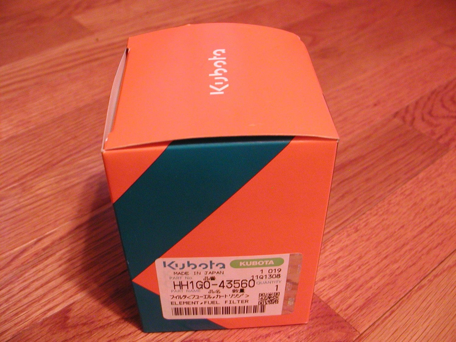 KUBOTA FUEL FILTER THAT FITS THE NEW M SERIES TRACTORS