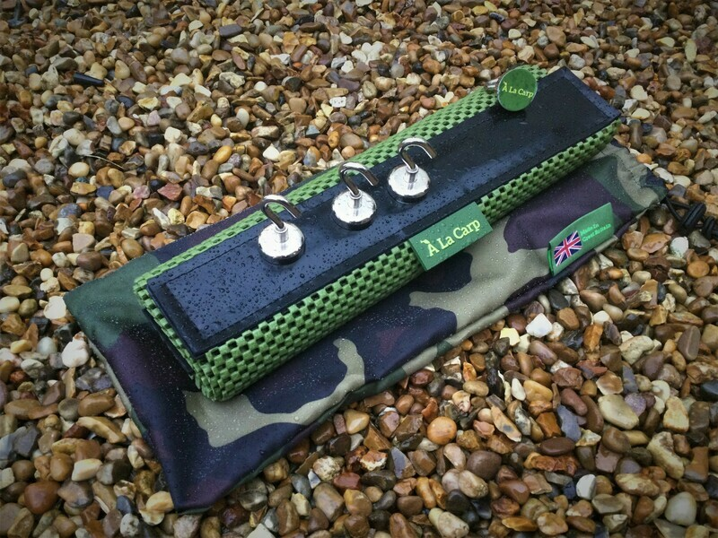 Bivvy Top Work Mat and 4 Magnetic Hooks