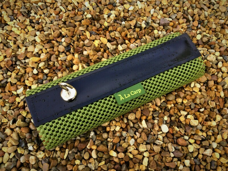 Bivvy Top Work Mat and 1 Magnetic Hook