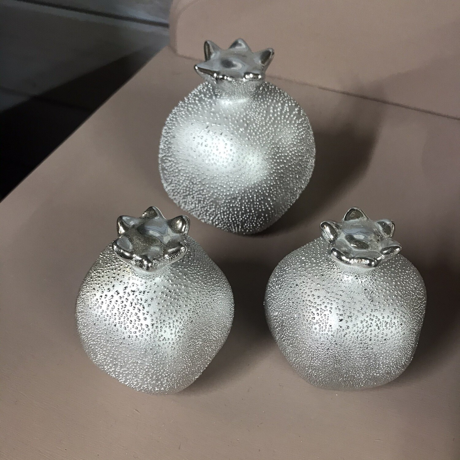 Set Of 3 Silver Acorn Decorations