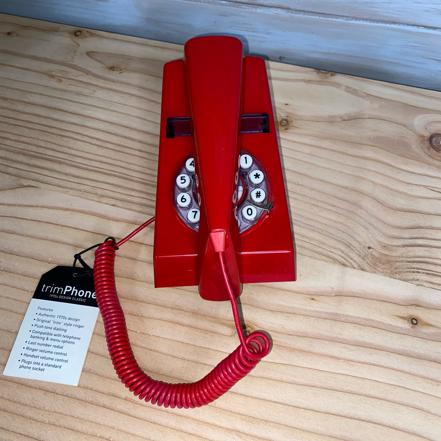 Wild & Wolf Retro Trim Phone