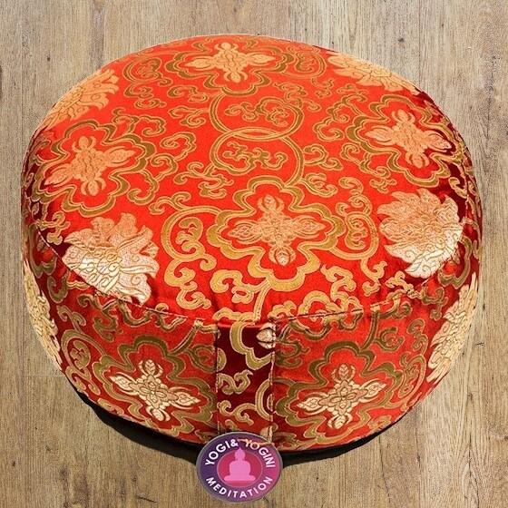 Coussin de méditation rouge fleur de lotus Or Marque Yogi et Yogini