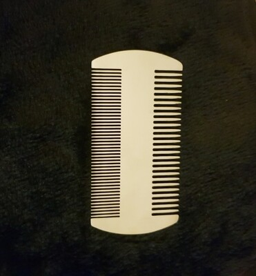 Peigne a barbe en métal