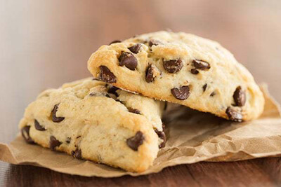 Mommy & Me: Chocolate Chip Scones