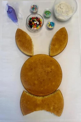 Mommy & Me: Easter Bunny Cake