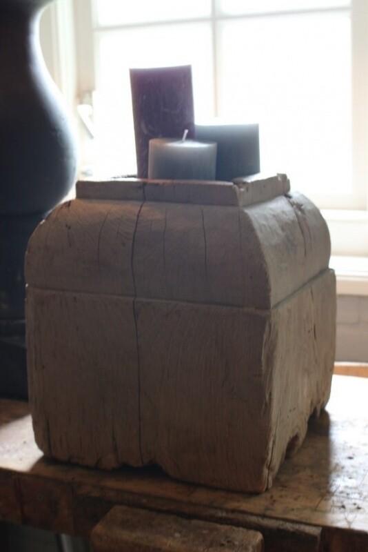 Oude houten poer