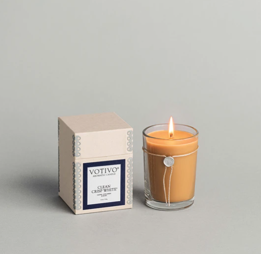 Votivo 6.8oz Aromatic Candle Clean Crisp White