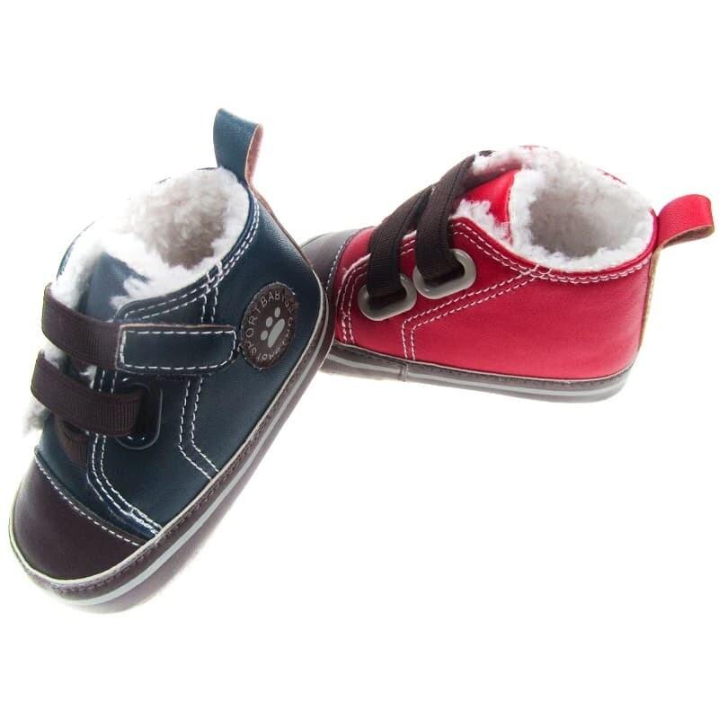 Schoenen met wol in