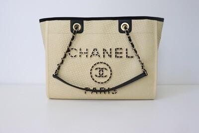 Chanel Deauville Medium Raffia, New in Box WA001