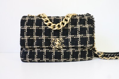 Chanel 19 Large Tweed Black and Beige, New in Box