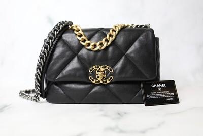 Chanel 19 Classic, Black Goatskin, Preowned in Box WA001