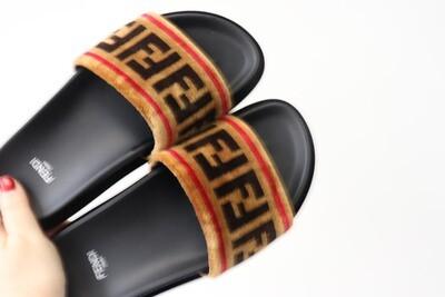 Fendi Slides Fur, Preowned - No Box