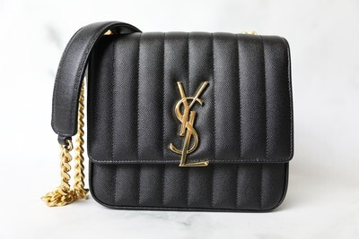 Louis Vuitton Vicky Small, Black Pebbled Leather with Gold Hardware, Preowned in Dustbag WA001