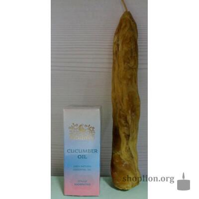 Восковая свеча, выкатанная Верой Лион и наделенная её энергией + эфирное  аромамасло «Огурец». Применяется для укрепления иммунитета, омолаживания, хорошего настроения.