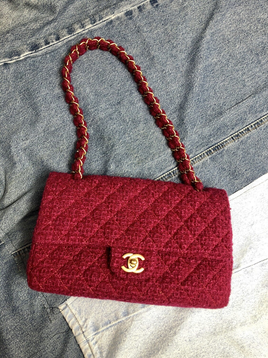 Chanel Fuchsia Tweed Shoulder Bag