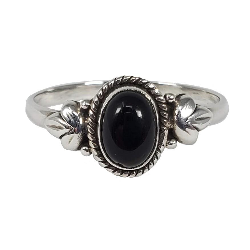 925 BLACK ONYX OVAL LEAF RING