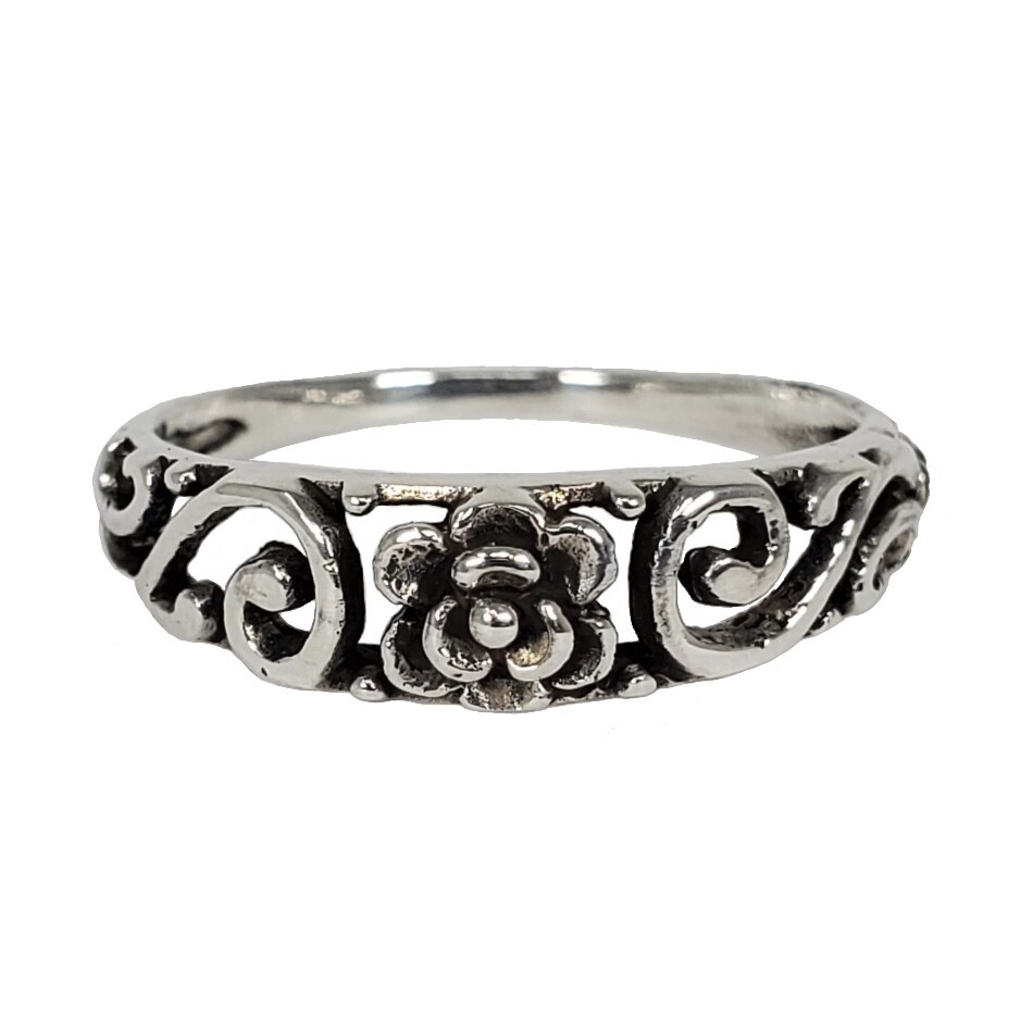 925 ROSE EMBELLISHED BAND RING
