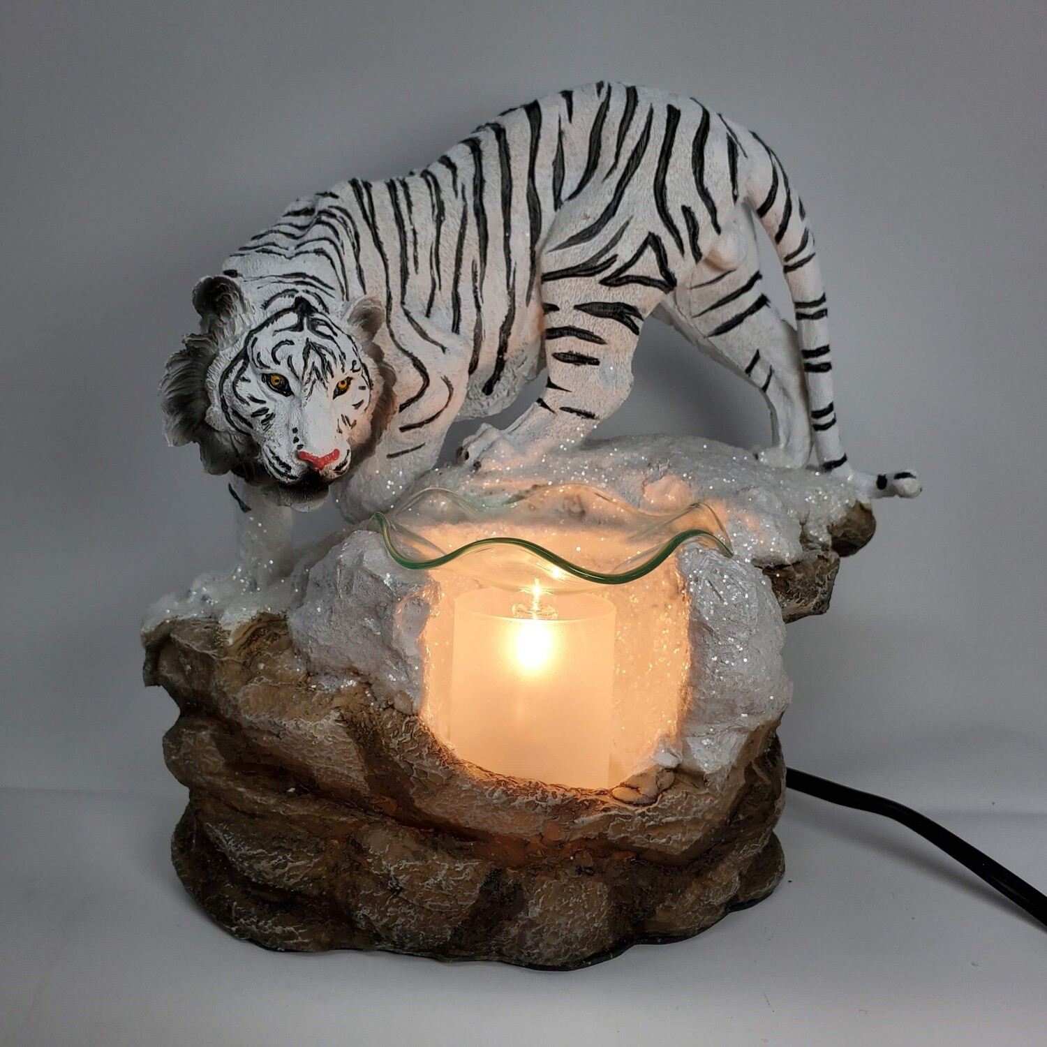 WHITE TIGER ADJUSTABLE LAMP